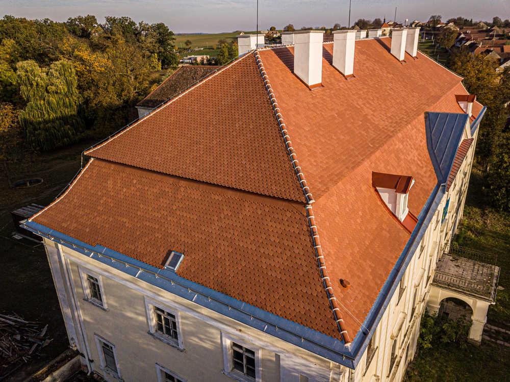 Střechy Pelán Brno - Zámek Tulešice